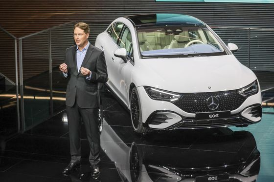Mercedes Readies E-Class's EV Sibling to Bolster Overhaul