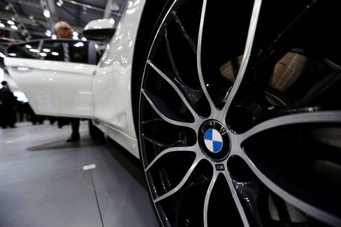 BMW's 13% March Surge Trims Mercedes Lead in U.S. Luxury Sales