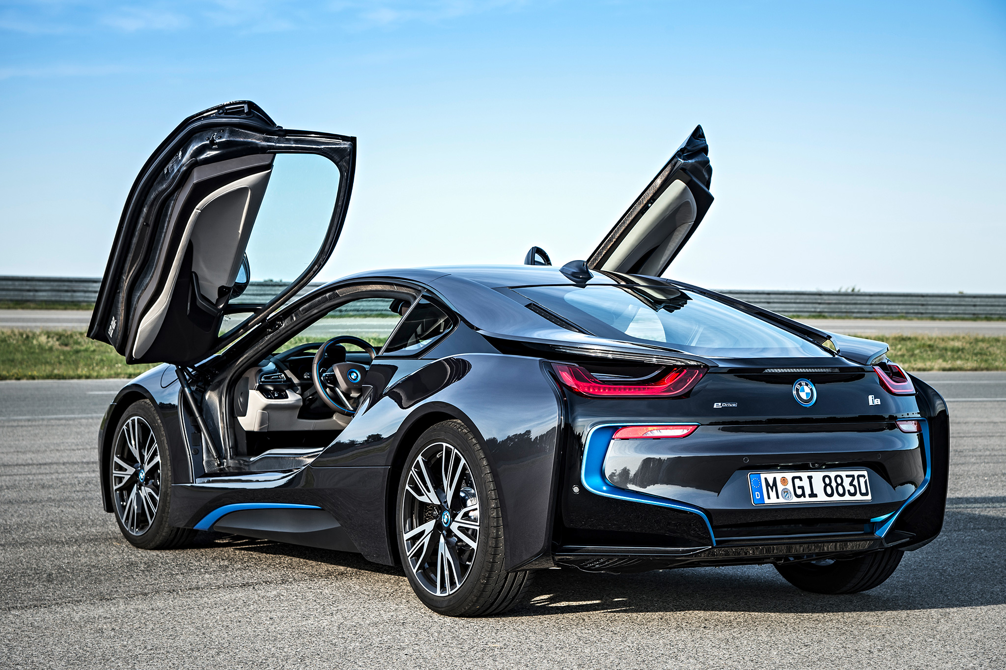 The Bmw I8 Is Over Hyped But That Doesn T Mean It S Not Great Review Bloomberg