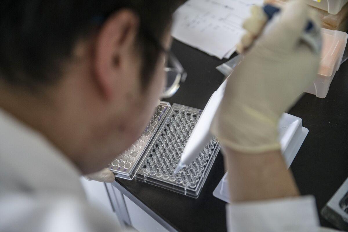 FDA Commissioner Says China Not Creating Drug Shortages in U.S.