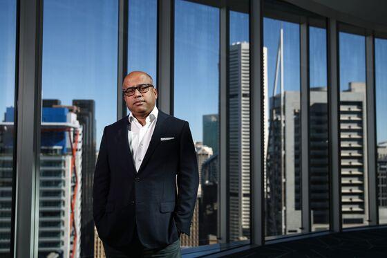 Credit Suisse, Gupta Legal Fight Delayed as Tycoon Seeks Funding
