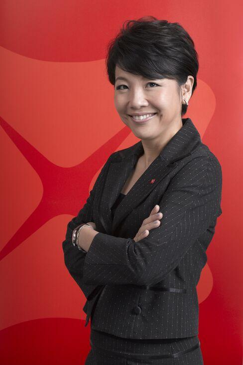 Dbs Group Holdings Ltd.'s Pearlyn Phau