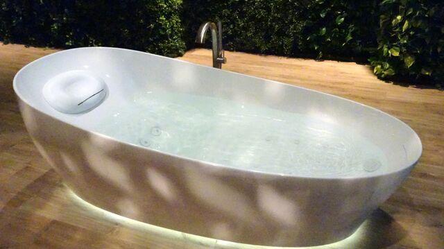if you like japanu0027s toilets youu0027ll love their bathtubs
