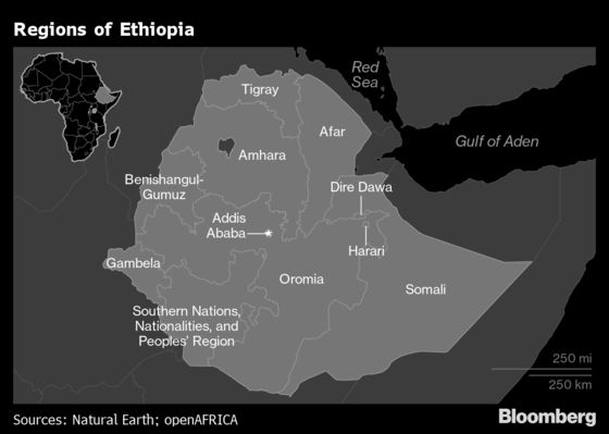 Thousands Flee Ethiopia Fighting That's Left Hundreds Dead