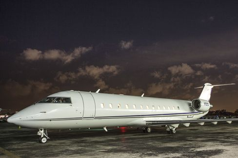 The Challenger 850, a private plane available on JetSmarter.