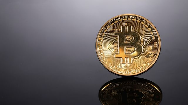 How to Invest in Bitcoin ($BTC): $RIOT, $GBTC Are Among Non-Crypto Options  - Bloomberg