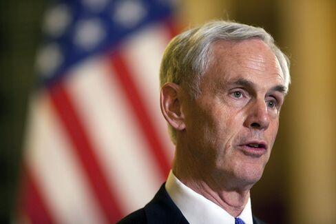 U.S. Commerce Secretary John Bryson Resigns After Medical Leave