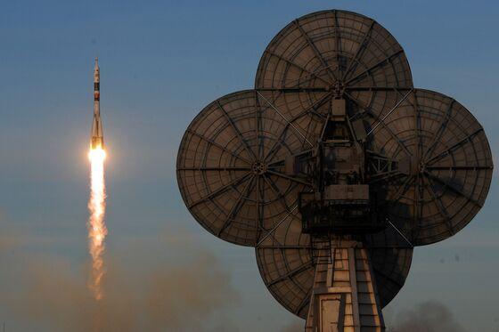 Russian Rocket Program Sputters in New Race to Space