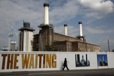 While values have started to fall in the Battersea area, investors are being cushioned by increases from 2013 and 2014