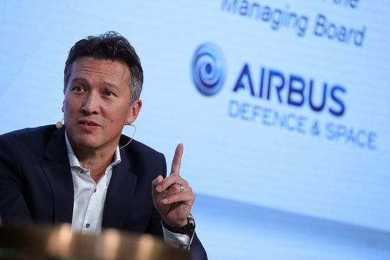 Airbus Shakeup Sees Technology, Defense Chiefs Leave Company