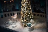 Tiffany & Co. Holiday Window Displays Ahead Of Earnings Figures