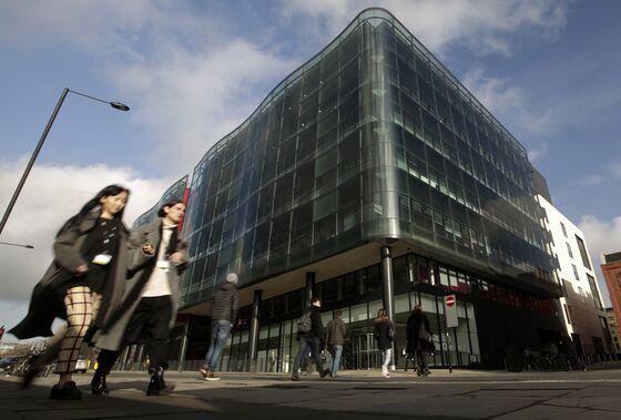 Rolls Royce Is in Talks to Lease London Space From Guardian