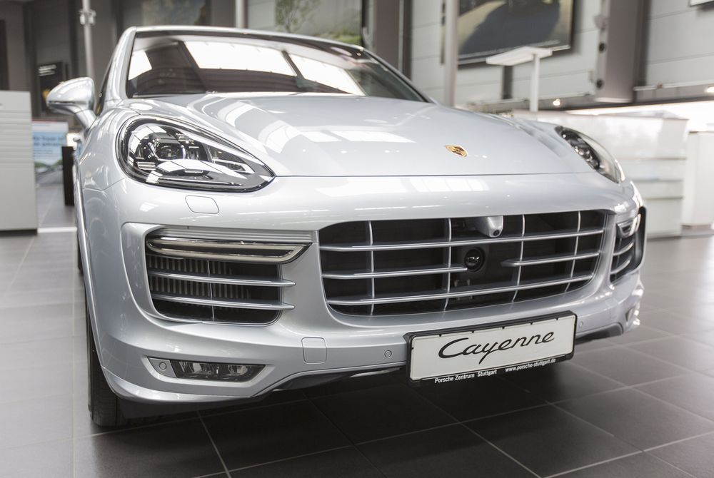 Porsche S Cayenne Recalled By Germany Over Sel Cheating Concerns