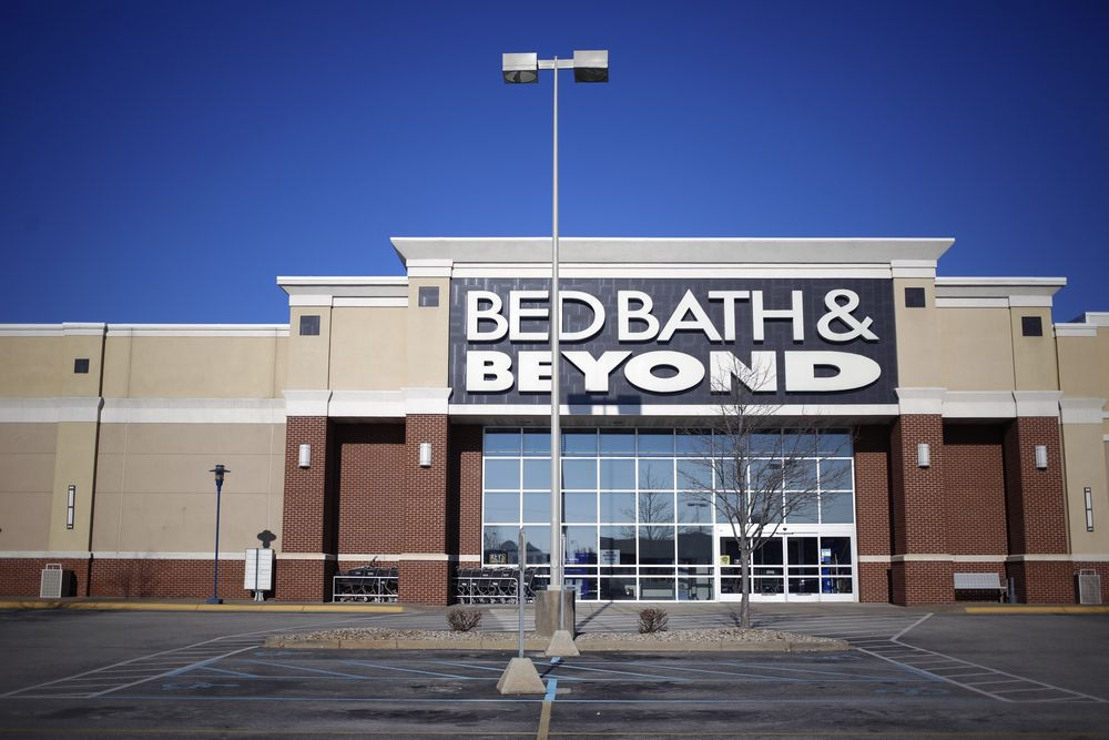 Bed Bath Beyond To Eliminate 2 800 Jobs In Restructuring Plan Bloomberg