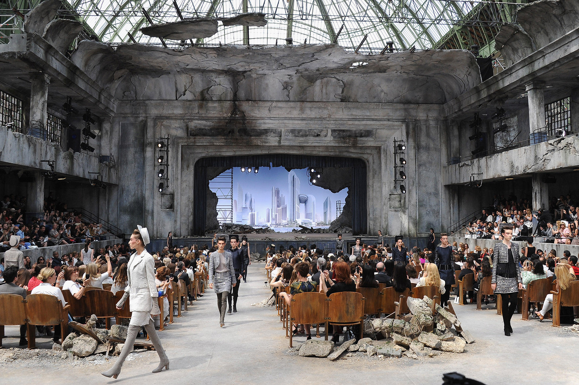 Chanel: Runway - Paris Fashion Week Haute-Couture F/W 2013-2014