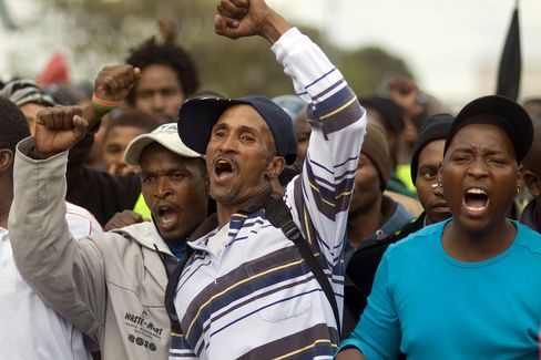 South African Truck Drivers Agree to End Strike, Employers Say