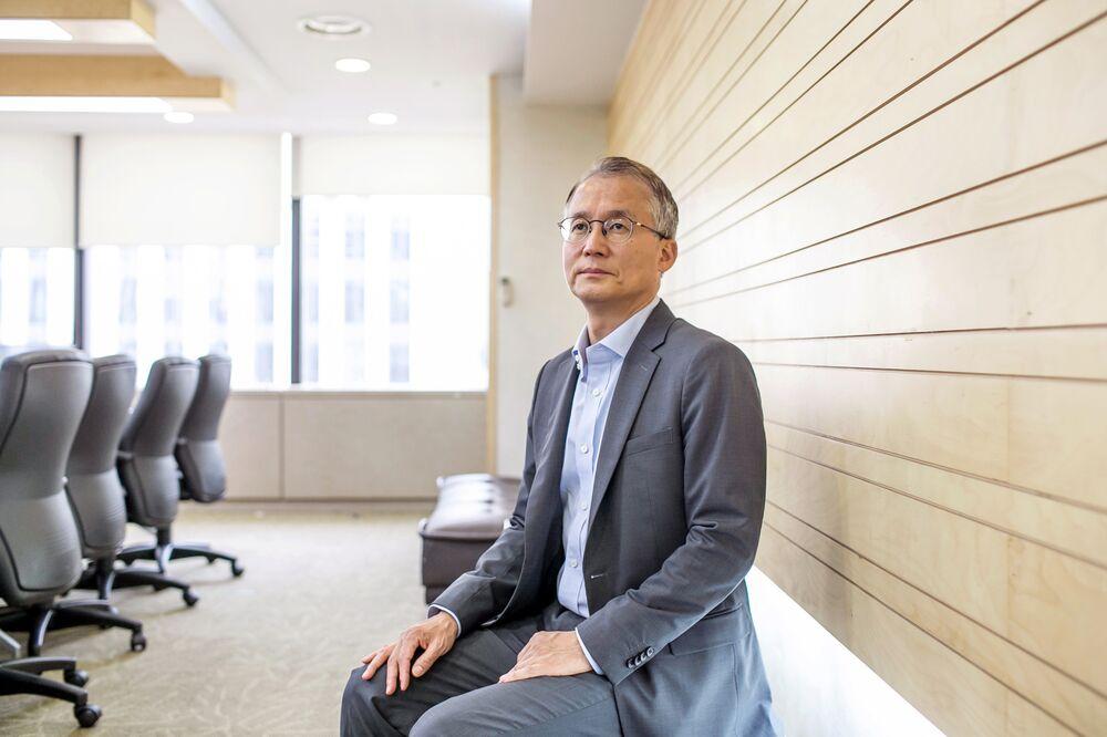 Elliott Lawyer Warns Korea Better Brace for Activist Funds - Bloomberg