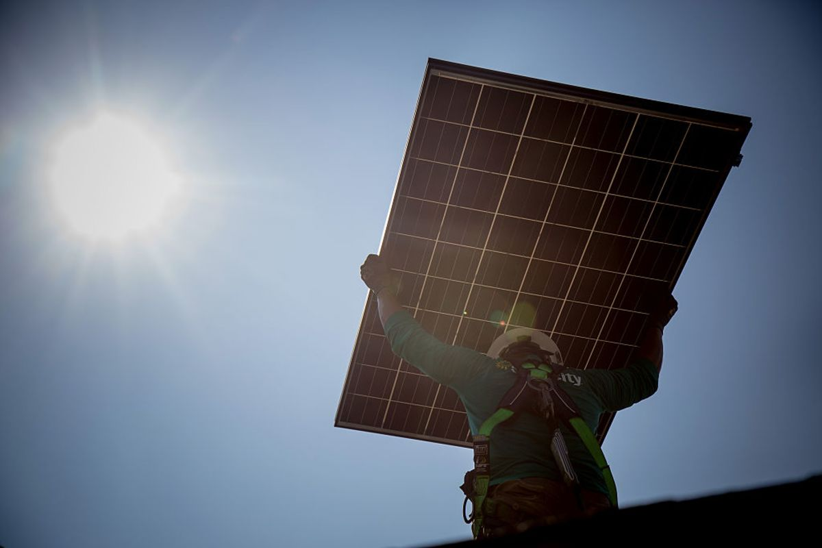 Solars Bright Future Is Further Away Than It Seems Bloomberg Solar Panels Diagram Installation How Work Dynamic