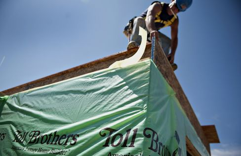 U.S. Housing Recovery Tested as Slowing Economy Tempers Optimism