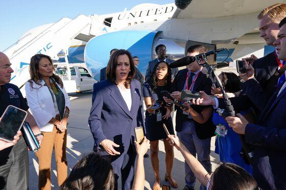 Harris Rebuts Critics After Visiting Migrant Children at Border
