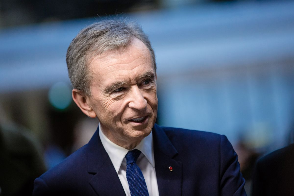Arnault Is Latest Billionaire to Invest in Lagardere
