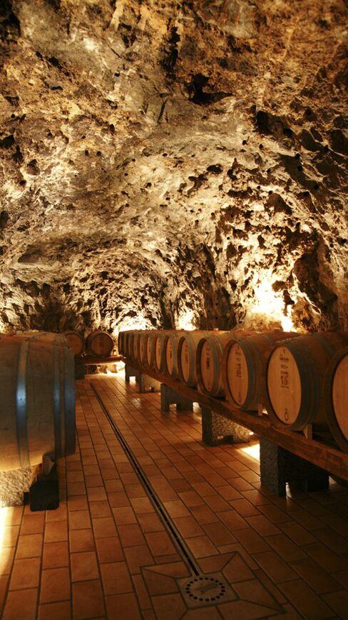 Cuomo Wine Caves