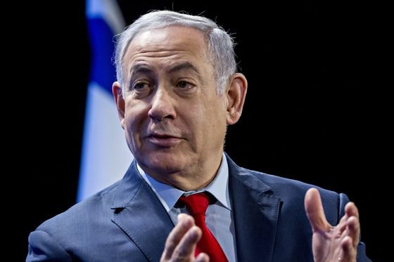 Netanyahu Says Iran Smuggling Oil by Sea, Navy to Block Effort