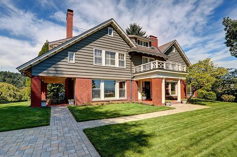 1863 SW Montgomery Dr, Portland, OR., listed for $2.995 million