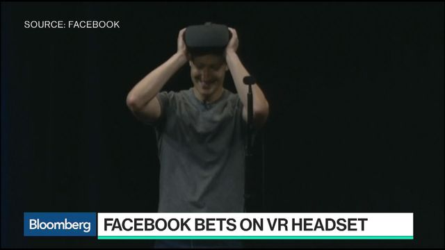 b3e2bccfe05 Facebook Plans to Unveil a  200 Wireless Oculus VR Headset for 2018 -  Bloomberg