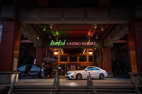 Apollo Made Canada Casino Bid After Another Suitor Walked Away