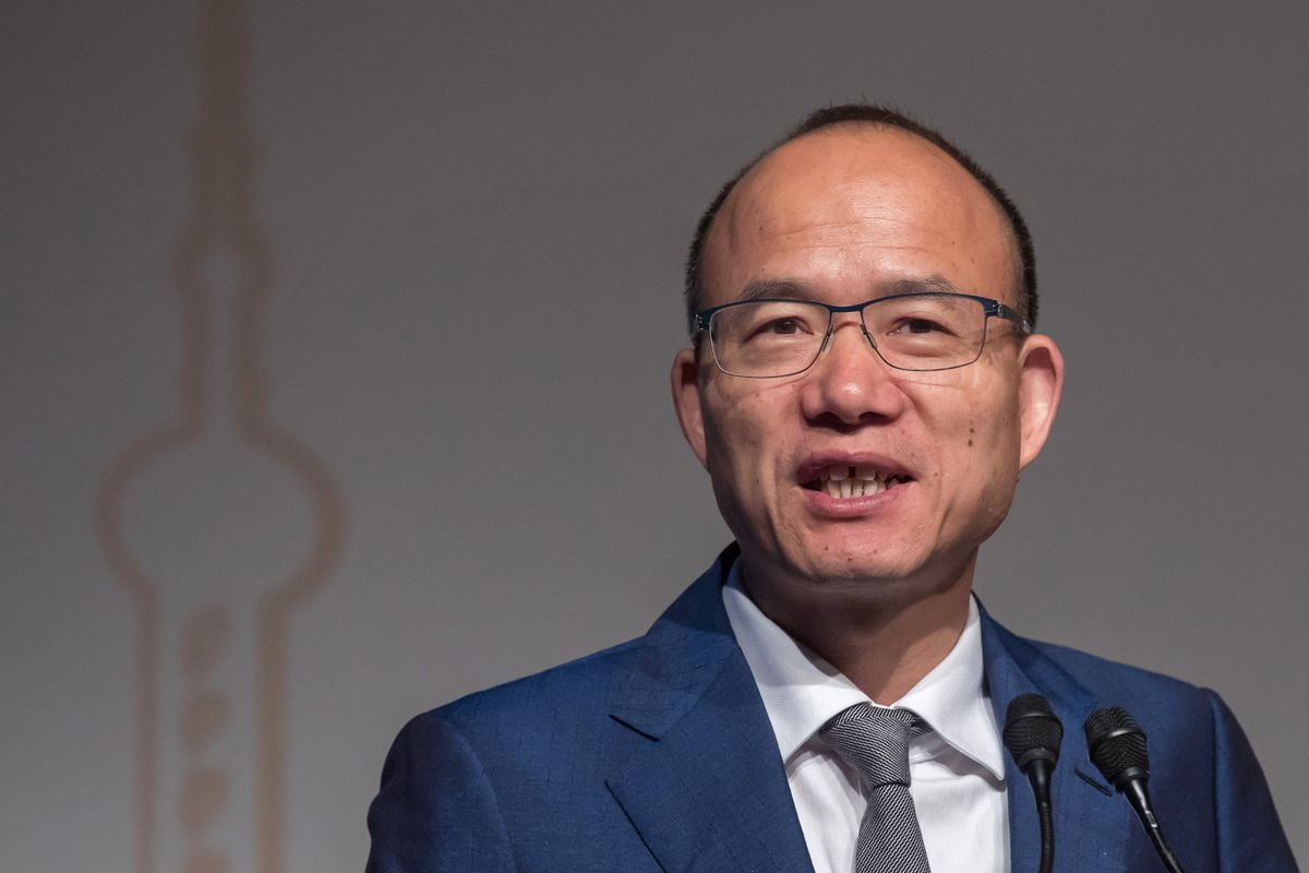 Globalizing Chinese Powerhouse Tells Its CEOs to Expand in Home Markets