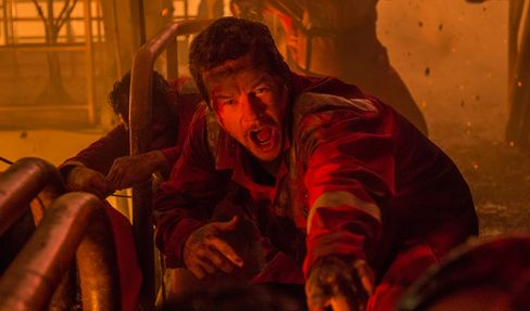 Mark Wahlberg stars in 'Deepwater Horizon.'