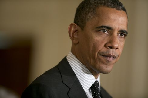 Obama Meets With CEOs as He Seeks Leverage in Debt Negotiations