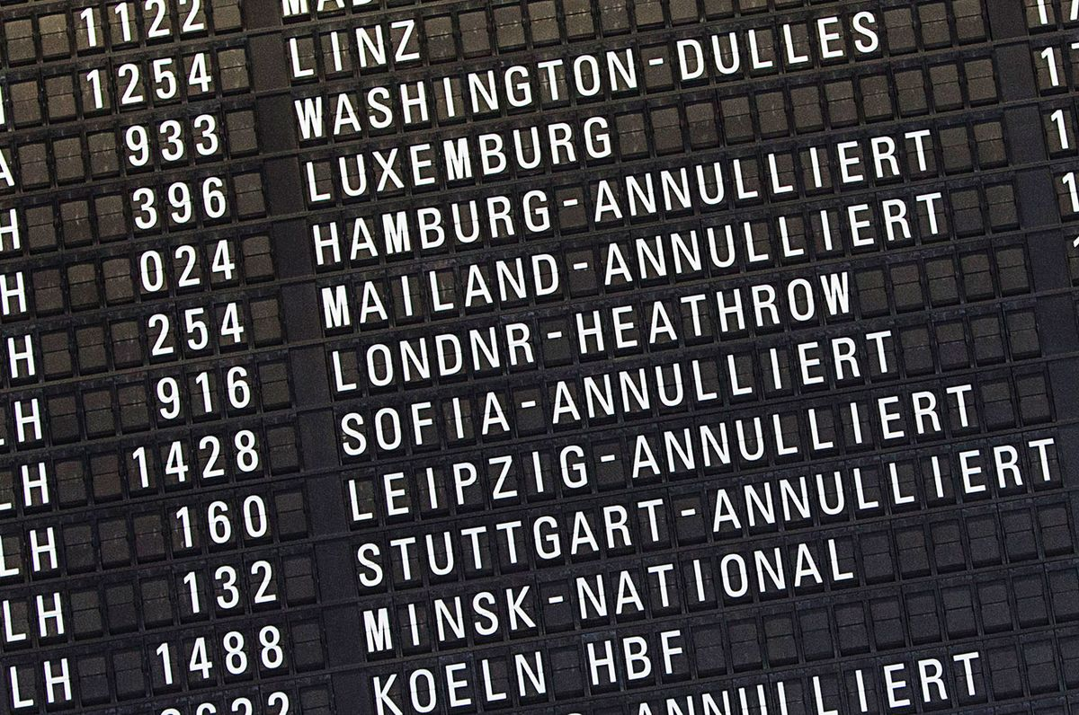 Lufthansa, Air Berlin Drop Flights as Airport Workers Strike