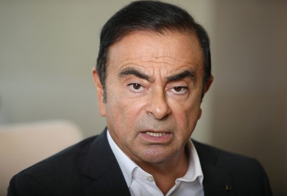 Renault WidensProbe on Carlos Ghosn to Pay of Aide Sepehri