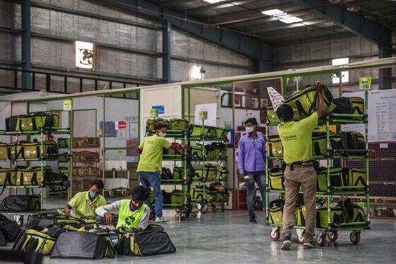 Amazon, Flipkart Leading India EV Transition Run Into Roadblocks