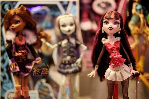 Mattel to AutoNation Show Consumers Lead S&P 500 Sales Surprises