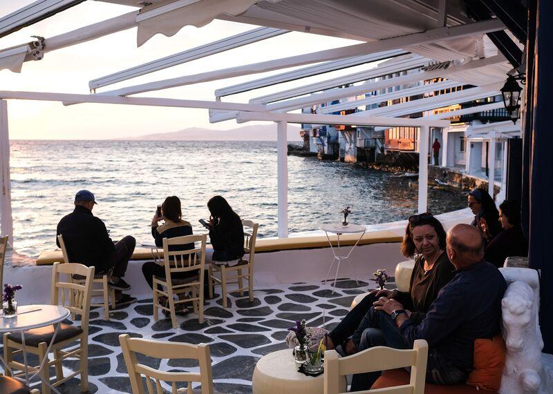 Mykonos espera salvar su temporada turística a medida que Grecia alivia las restricciones de viaje