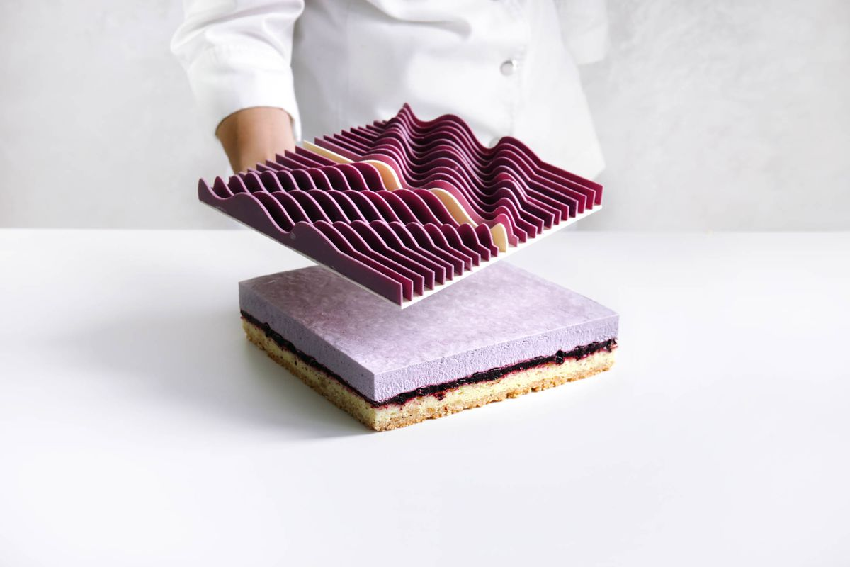 The Secret Behind Some of the World's Craziest Cakes