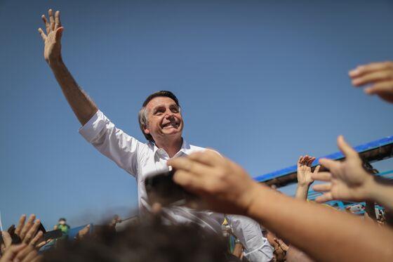 Brazil Left, Far-Right in Near Tie in Presidential Runoff Poll