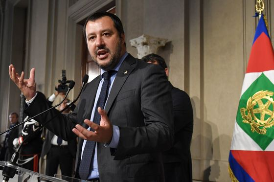 Italy's Populists Agree on Premier Amid French Euro Warning