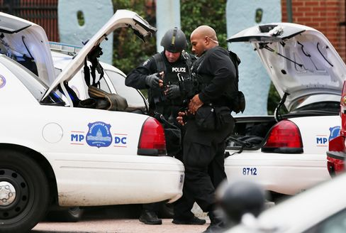 Several Killed, at Least 10 Wounded in Navy Shooting, AP Reports