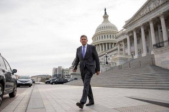 Impeachment Vote Dilemma Traps Senate Moderates of Both Parties