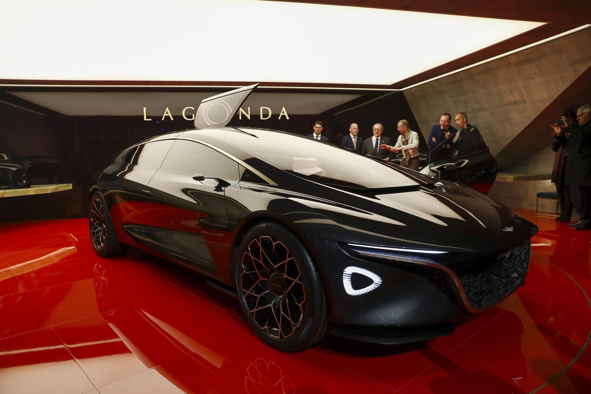 Aston Martin Targets Ferrari With High End Electric Suv Bloomberg