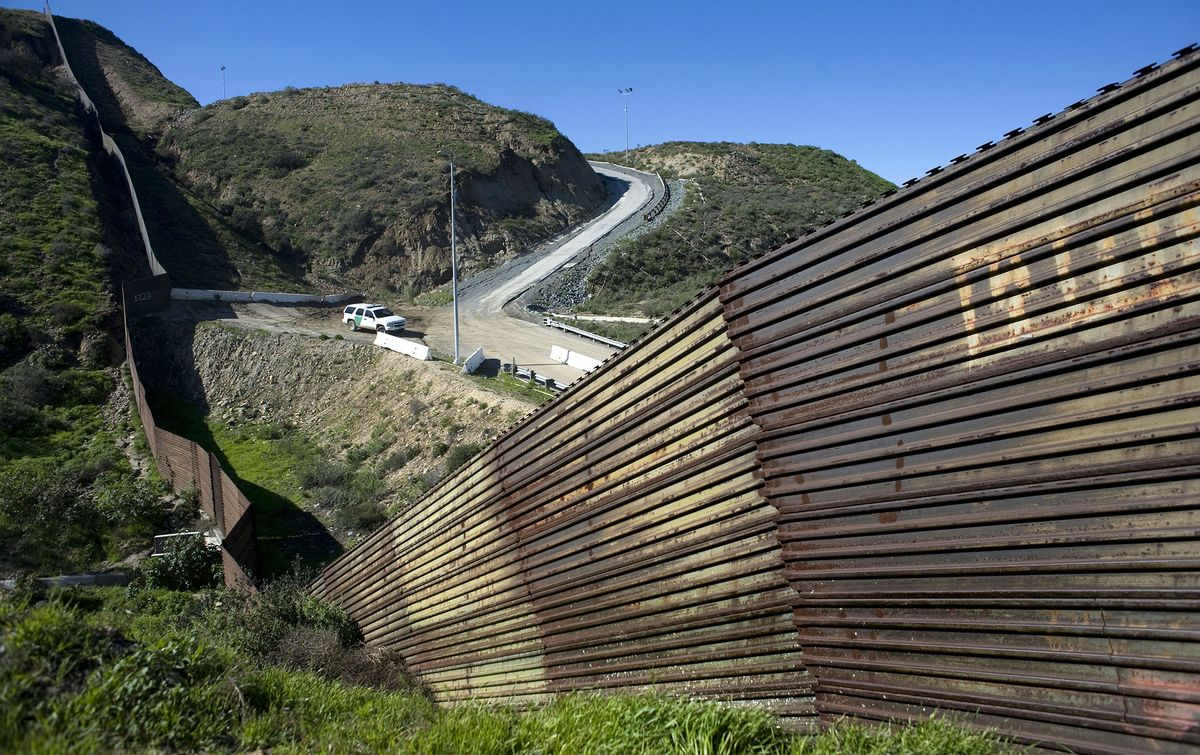 How Trump's Wall Could Shut the Government Down: QuickTake Q&A