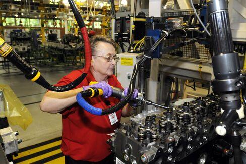 Cummins Slides on Job Cuts Plan, Pared Forecasts: Detroit Mover