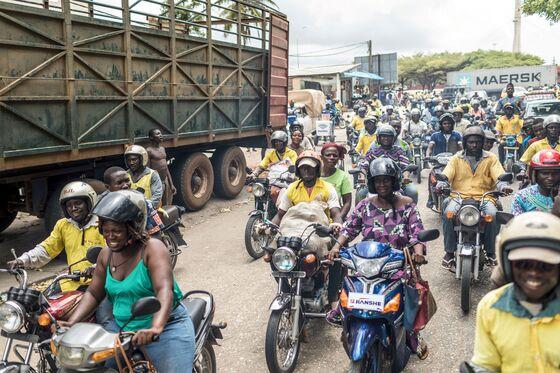 Benin Pushes on With Legislative Vote Despite Public Outcry