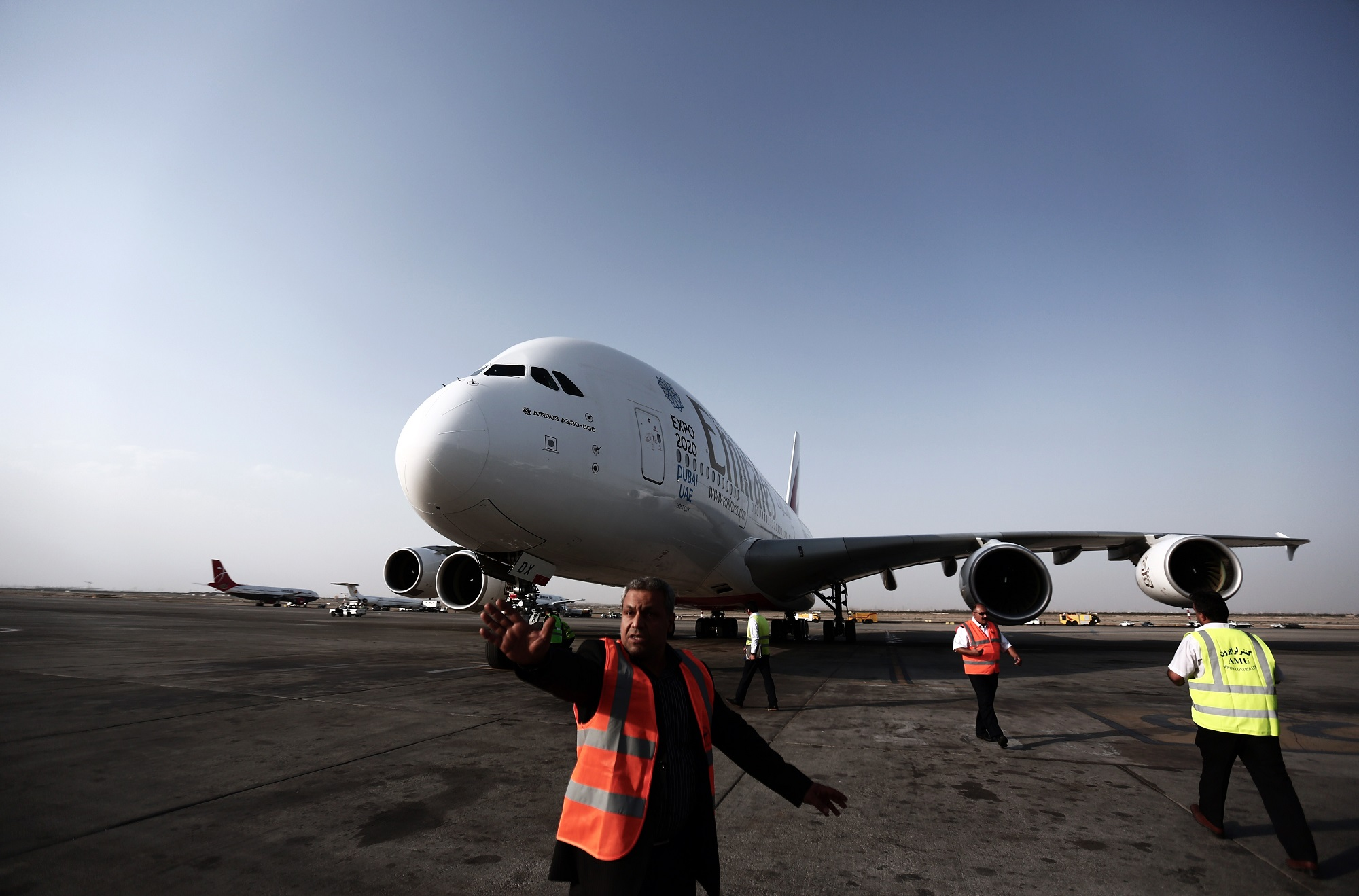 Airbus Has Won Its Game of A380 Chicken with Emirates - Bloomberg