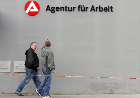German Unemployment Declined in January to Lowest Since 1992