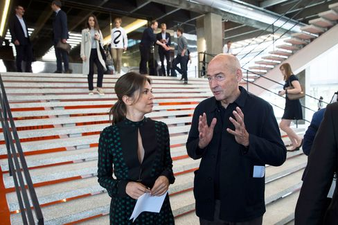Zhukovaandarchitect Rem Koolhaas, who designed the new building, at a preview opening of Garage.